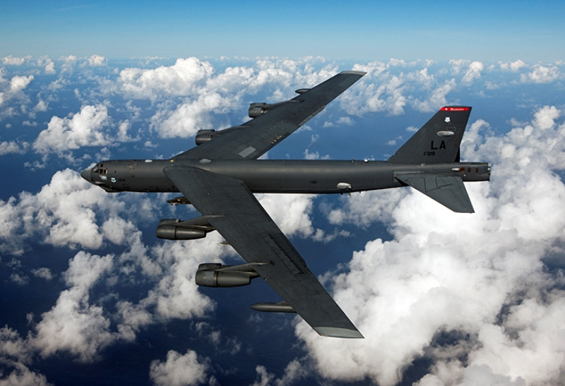 B52_Bomber_Flies_Over_Clouds_MedRes-11.jpg